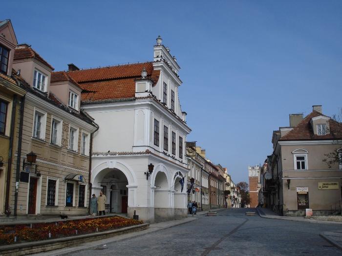 Rynek sandomierski - droga do bramy Opatowskiej